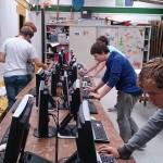 De Explorers prepareren het computernetwerk